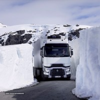 thumb-46-renault-trucks-t-euro-6_showroom-large_809x539px